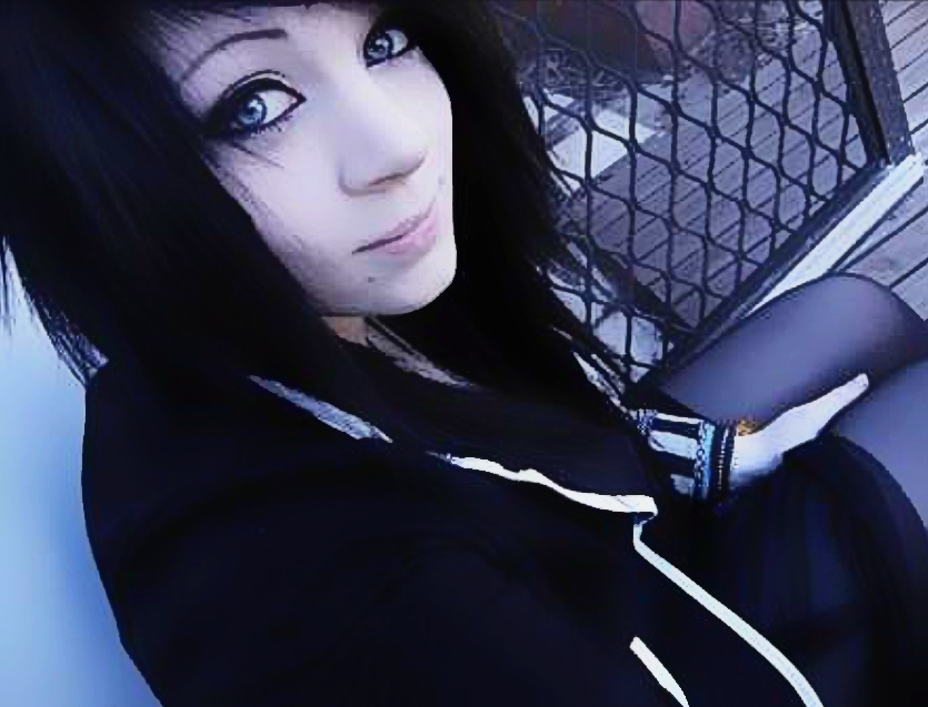 Chat with robot girl online